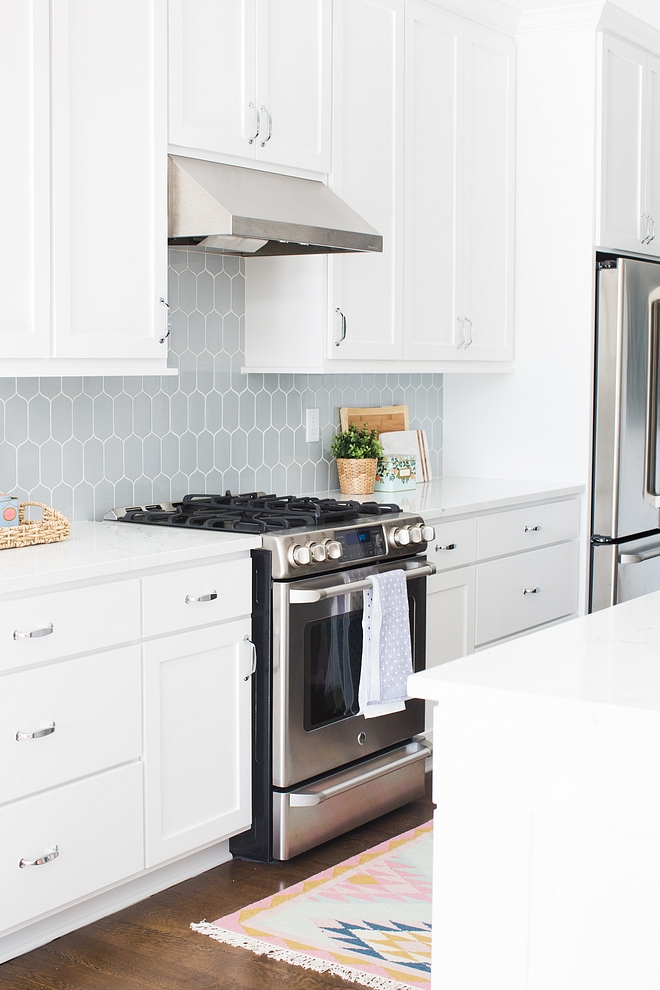 BM Decorators White OC-149 BM Decorators White OC-149 one of the best whites for cabinets walls and kitchens BM Decorators White OC-149 BM Decorators White OC-149 #BMDecoratorsWhiteOC149 #BMOC149