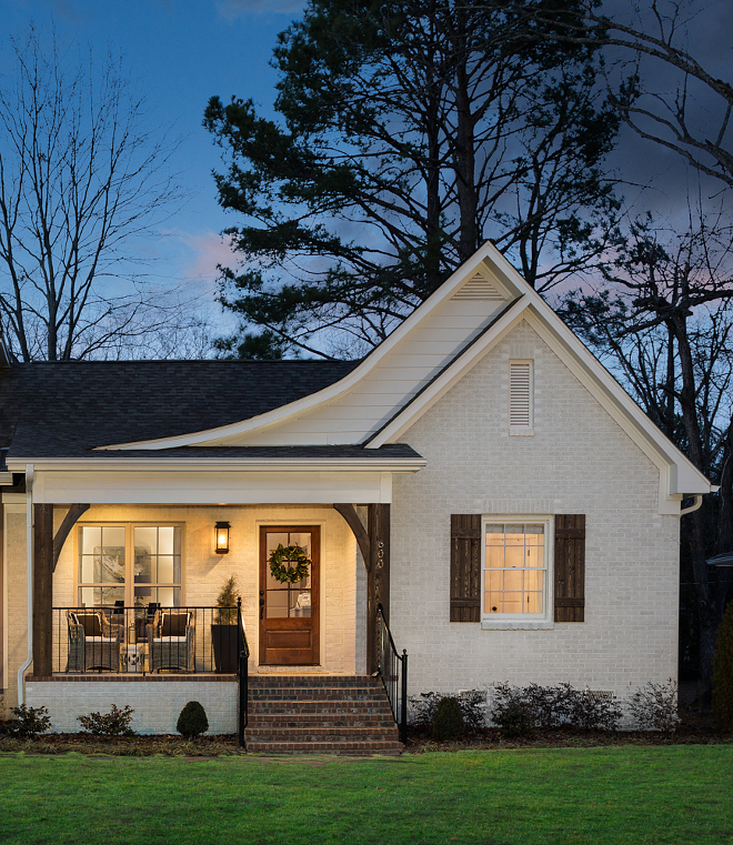 Oyster White paint color SW 7637 by Sherwin-Williams Painted Brick Home Exterior Oyster White SW 7637 Sherwin-Williams is not a stark white for exteriors It looks neutral and warm #OysterWhiteSW7637SherwinWilliams #brickexterior #paintcolor #SherwinWilliams