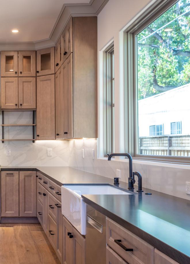 Kitchen Countertop Black Kitchen Countertop Black Vermont Granite Kitchen Countertop #KitchenCountertop #BlackVermontGranite