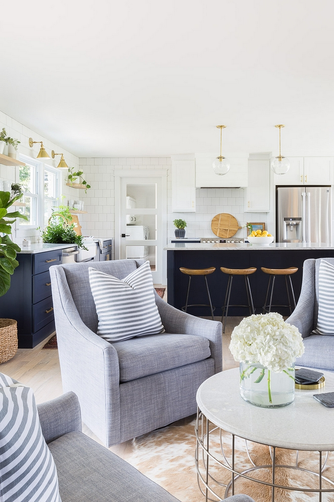 Open Concept Opening up all the main living spaces was ideal for this family of five and allowed us to incorporate functionality and the beauty of natural light Each zone was created to flow right into the next allowing conversation to carry from space to space 2540 Love ©AlyssaRosenheck #OpenConcept