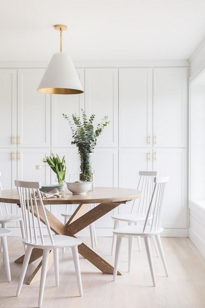 Breakfast Room Shaker Cabinet Kitchen shaker cabinet extends to Breakfast room 2540 Love ©AlyssaRosenheck #BreakfastRoom #ShakerCabinet #Kitchenshakercabinet
