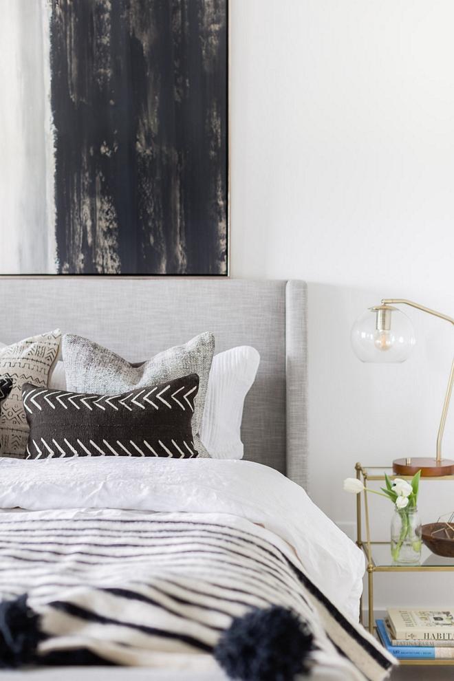 Light grey bed Sleigh bed Mid-century bed 2540 Love ©AlyssaRosenheck #Lightgreybed #Sleighbed #Midcenturybed