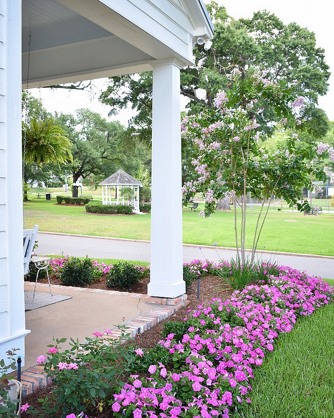 Porch Column Traditional Porch Column Traditional Porch Column Design Traditional Porch Column Ideas #TraditionalPorchColumn #PorchColumn