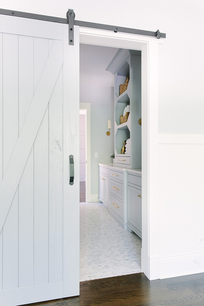 Benjamin Moore 1606 Cobblestone Path Barn door and cabinet paint color Benjamin Moore 1606 Cobblestone Path Benjamin Moore 1606 Cobblestone Path #BenjaminMoore1606CobblestonePath #BenjaminMooreCobblestonePath
