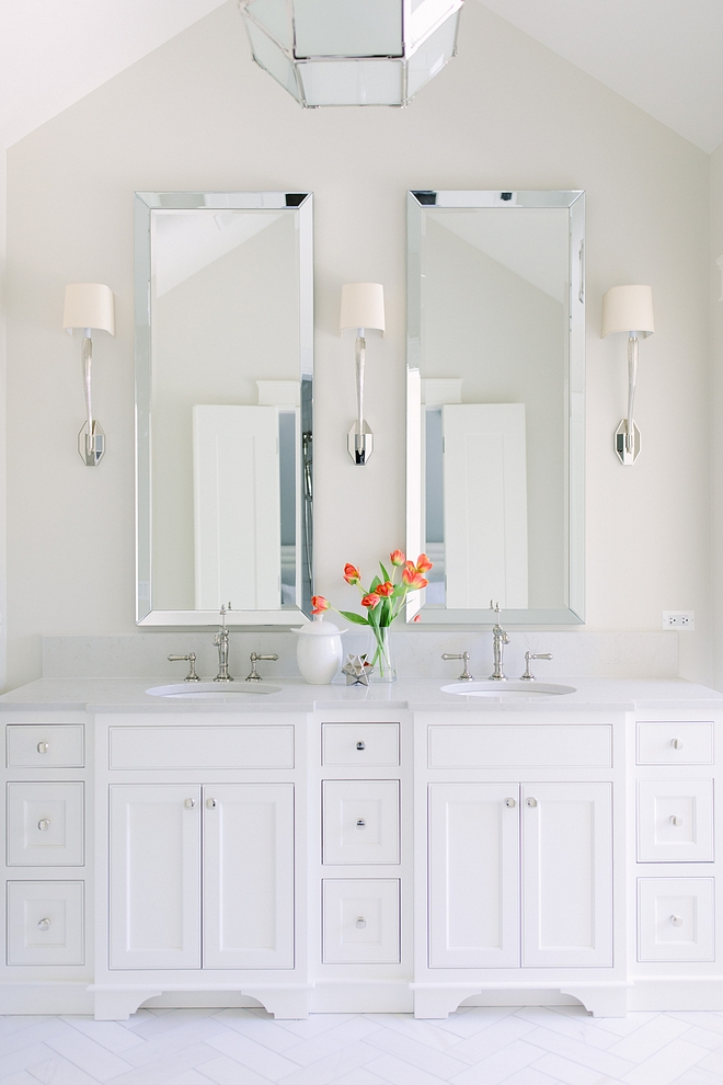 Bathroom Paint Color Walls are Classic Gray by Benjamin Moore and cabinet is Benjamin Moore Simply White #BathroomPaintColor #Bathroom #PaintColor #ClassicGraybyBenjaminMoore #cabinet #BenjaminMooreSimplyWhite