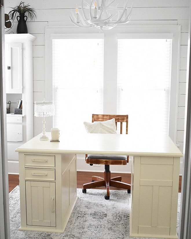 Off-white desk Off-white desk ideas Off-white desk sources Off-white desk Off-white desk #Offwhitedesk #desk