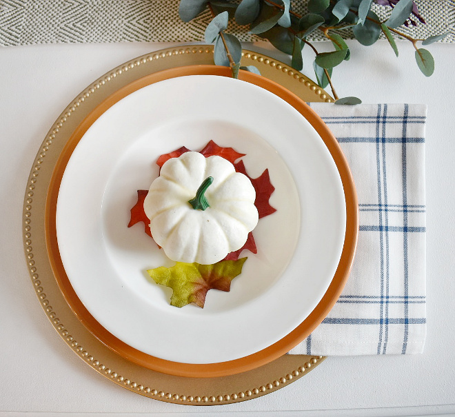 Fall Plate Decor I love finding great deals on seasonal decor and this entire place setting is about $5