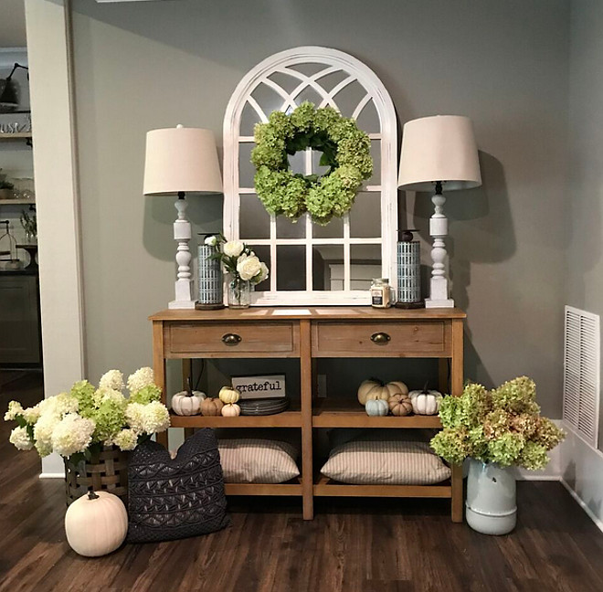 Foyer paint color Amazing Grey by Sherwin Williams