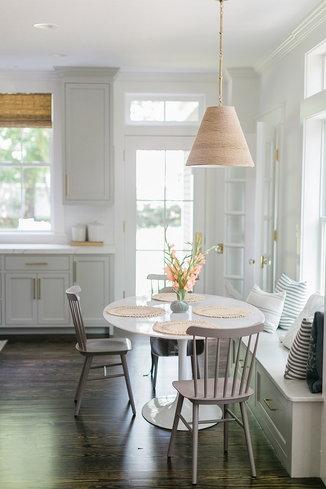 Benjamin Moore Chantilly Lace Breakfast nook and kitchen walls painted in Benjamin Moore Chantilly Lace Benjamin Moore Chantilly Lace #BenjaminMooreChantillyLace