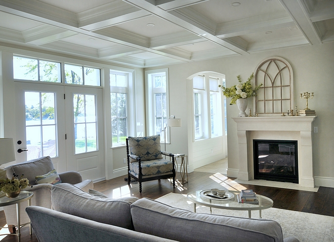 Ceiling and trim colour Benjamin Moore Simply White Coffered ceiling Ceiling and trim colour Benjamin Moore Simply White #CeilingPaintcolour #trrimpaintcolour #BenjaminMooreSimplyWhite