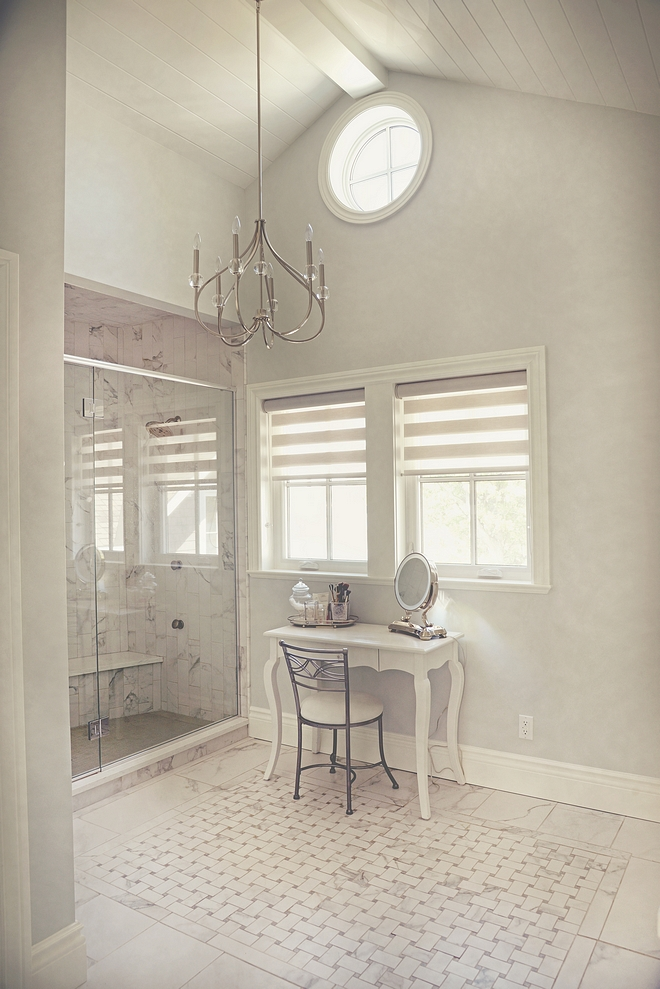 Bathroom Vaulted ceiling with beam and planks Bathroom Vaulted ceiling with beam and planks #BathroomVaultedceiling