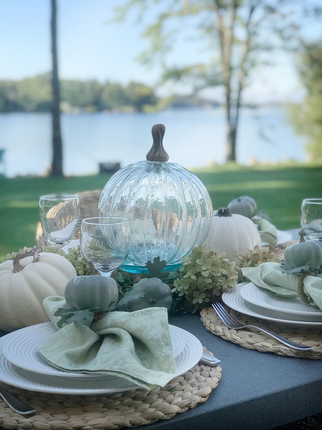 Outdoor Fall decor I like to create a natural look for the table decor by using hydrangeas and other greenery from my garden #Fall #outdoordecor