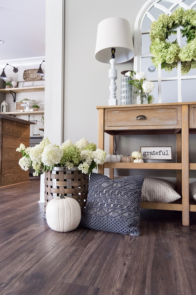 Fall foyer console table design ideas