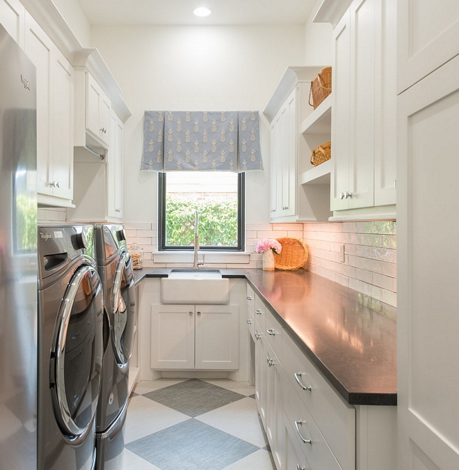 Laundry room As you can see, this laundry room is not huge but it's very well-designed and you have everything you need, from enough storage to plenty of folding space #Laundryroom #laundryrooms #Laundryroomcabinet #laundryroomdesign