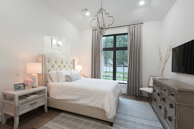 Nebulous White by Sherwin Williams Calming White Nebulous White by Sherwin Williams Nebulous White by Sherwin Williams #NebulousWhitebySherwinWilliams