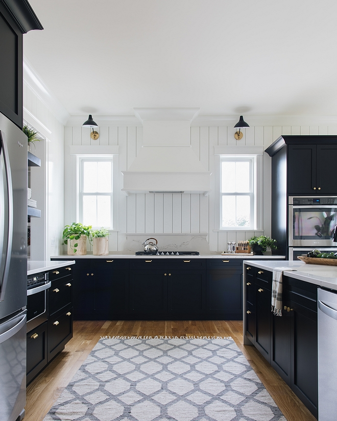 Rug in kitchen - ALL TIME FAVORITE! - best investment ever See Runner source on Home Bunch #Rug #kitchenrug #kitchenreunner #kitchen #runner