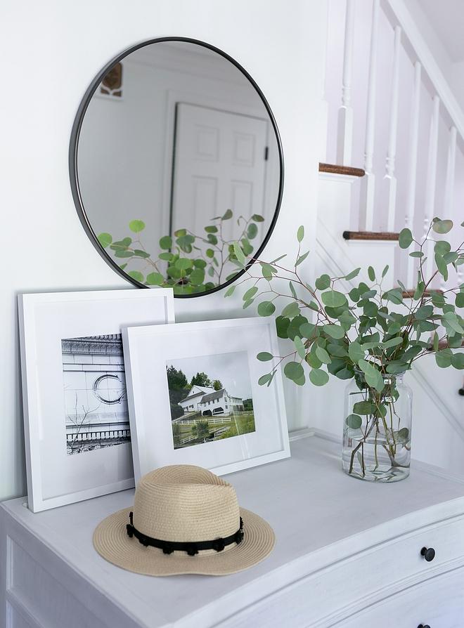 Foyer mirror Foyer metal round mirror above console table in foyer #foyer #mirror #foyermirror #consoletable #roundmirror #metalmirror