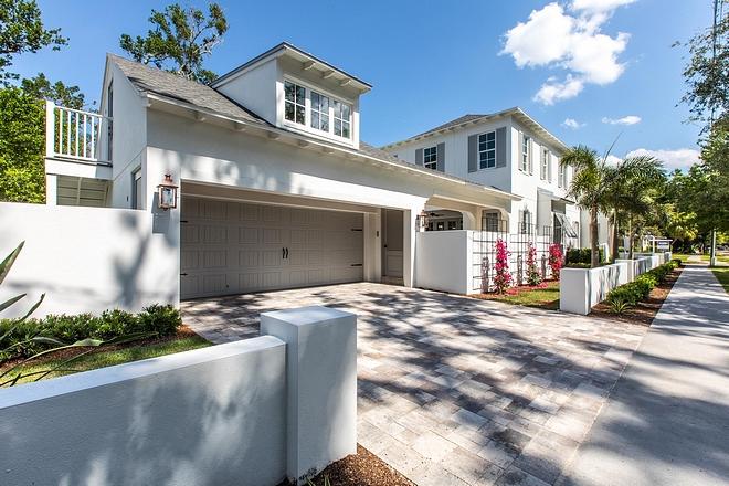 Corner home with side entry garage Corner home with side entry garage design Corner home with side entry garage ideas #Cornerhome #sideentrygarage #garage