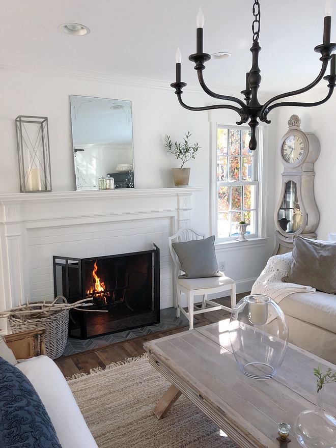 White interiors with French and farmhouse flair White interiors White interiors #Whiteinteriors