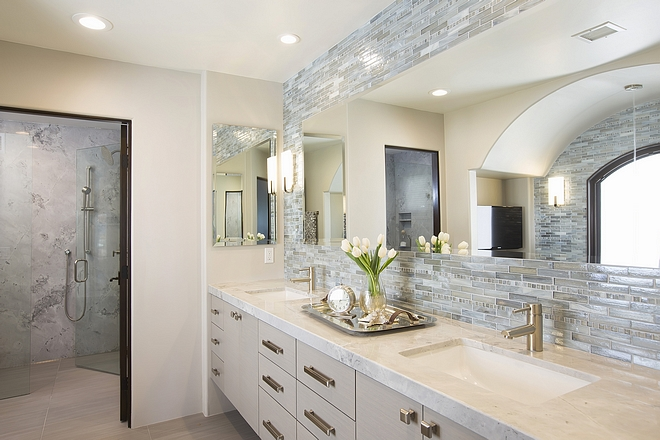 Neutral Bathroom with Superwhite Quartzite countertop #NeutralBathroom #bathroom #SuperwhiteQuartzite #Quartzite #countertop #Quartzitecountertop