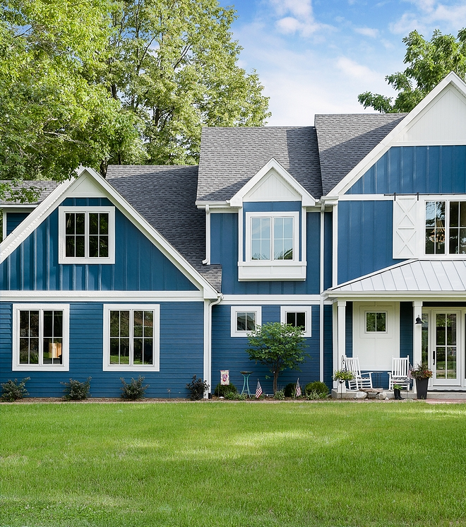 Sherwin Williams SW 6230 Rainstorm The exterior paint color is Sherwin Williams SW 6230 Rainstorm #SherwinWilliamsSW6230Rainstorm #SherwinWilliamsRainstorm #SherwinWilliamsSW6230 #SherwinWilliams #exteriorpaintcolor
