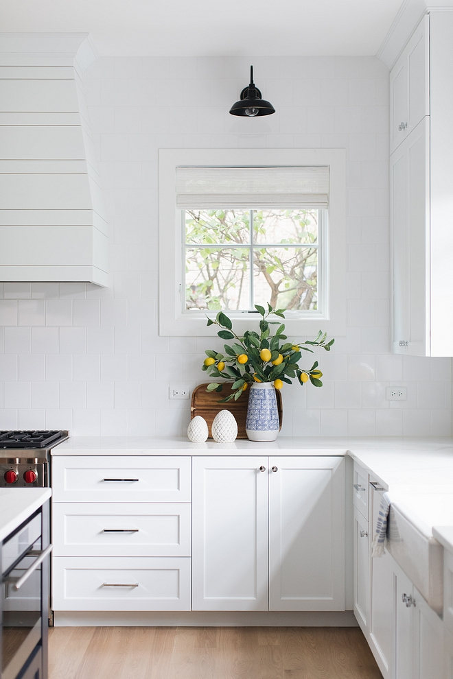 Decluttering kitchens Aren't uncluttered kitchens the best In fact, there are two spaces that should never be cluttered kitchens and bathrooms Keep them simple, clean and breathable Decluttering kitchens #Declutteringkitchens