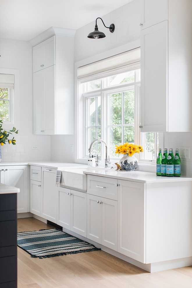 Extra White by Sherwin Williams is the crispiest white you can get and it works great on kitchen cabinets #ExtraWhitebySherwinWilliams