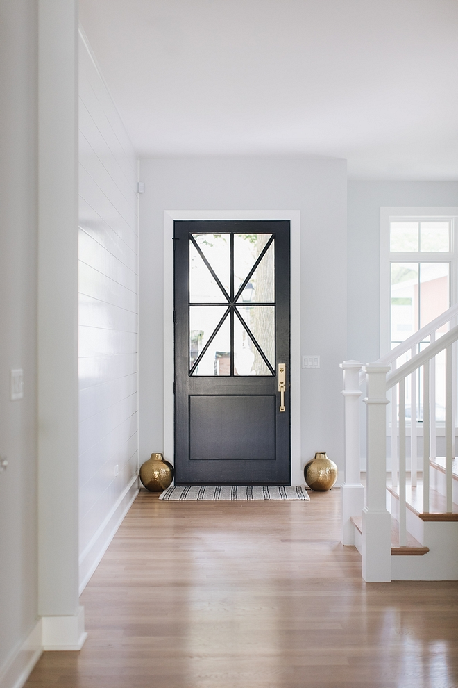 Benjamin Moore Wrought Iron 2124-10 All doors on the first floor are painted in Benjamin Moore Wrought Iron 2124-10 Benjamin Moore Wrought Iron 2124-10 #BenjaminMooreWroughtIron212410