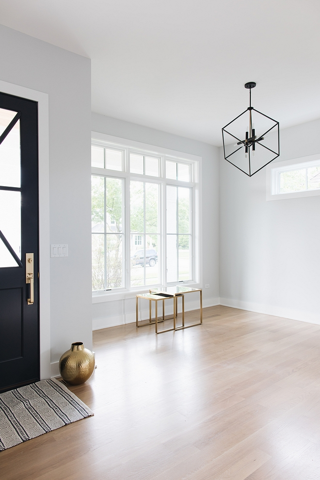 Sherwin Williams Site White SW 7070 Sherwin Williams Site White SW 7070 paint color on walls Sherwin Williams Site White SW 7070 #SherwinWilliamsSiteWhite #SW7070