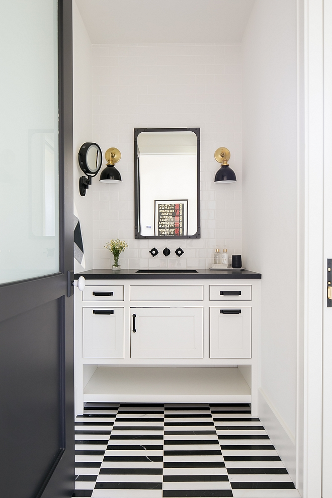 Black and white bathroom with black and white marble flooring Black and white bathroom design Black and white bathroom ideas modernfarmhouse Black and white bathroom #Blackandwhitebathroom