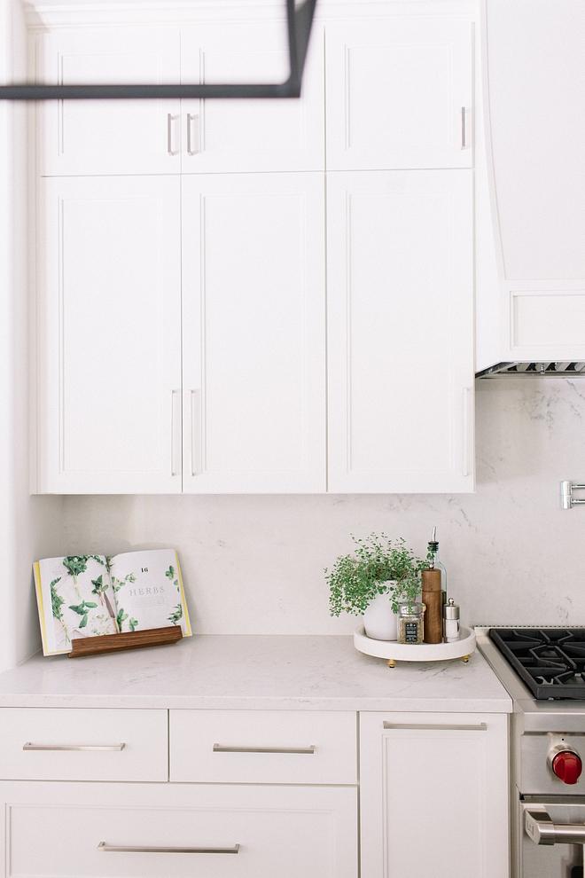 Satin Nickel Cabinet Hardware White kitchen with Satin Nickel Cabinet Hardware Satin Nickel Cabinet Hardware #SatinNickel #CabinetHardware