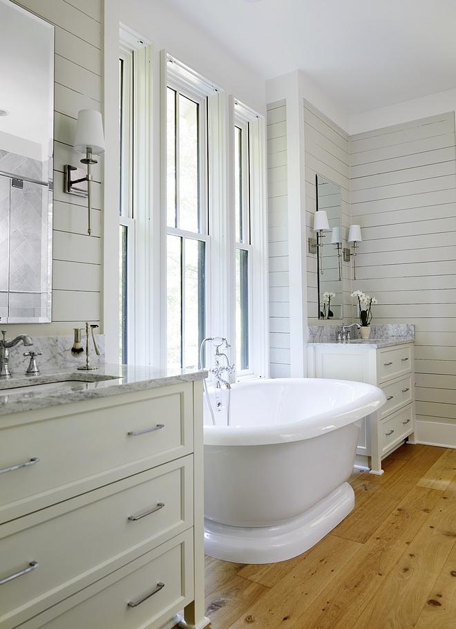 Sherwin Williams SW7637 Oyster White Bathroom Wall Details 1x6 Shiplap Horizontal Sherwin Williams SW7637 Oyster White paint color #SherwinWilliamsSW7637OysterWhite #SherwinWilliamsOysterWhite #SherwinWilliamsSW7637