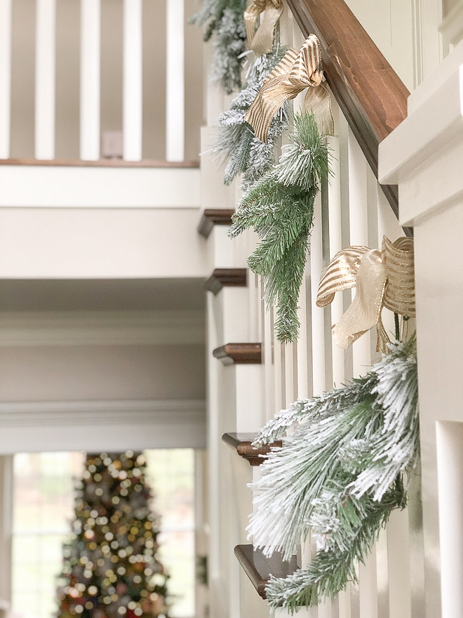 Staircase Christmas Decor Staircase Christmas Decor Ideas Staircase Christmas Decor Staircase Christmas Decor Staircase Christmas Decor #StaircaseChristmasDecor