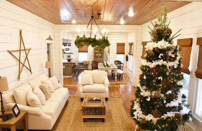Farmhouse Christmas Tree Farmhouse Christmas Tree Farmhouse Christmas Tree Farmhouse Christmas Tree Farmhouse Christmas Tree #FarmhouseChristmasTree