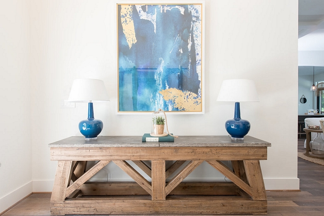 Console table sources