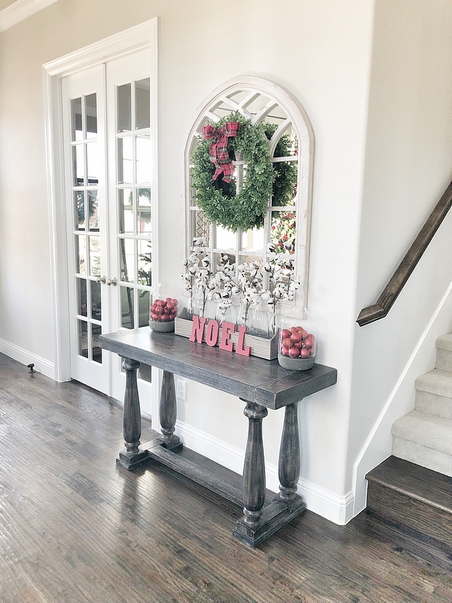 Christmas Console Table Decor Christmas Console Table Decor Wreath over mirror Christmas Console Table Decor Christmas Console Table Decor #ChristmasConsoleTable #ChristmasConsoleTableDecor