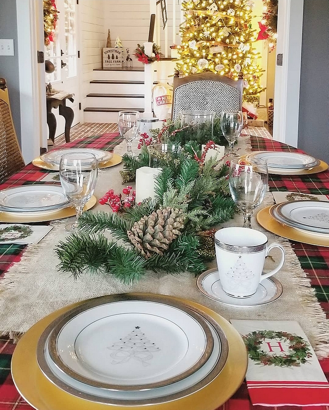 Christmas Eve dinner tabletop Christmas Eve dinner tabletop ideas We are honored to host a Christmas Eve dinner for our close family again this year, so we truly wanted this space to be inviting, yet have a more intimate setting. With that said, we are also able to use our wedding Christmas china during such a special occasion Christmas Eve dinner tabletop #ChristmasEvedinner #ChristmasEvedinnertabletop #Christmasdinnertabletop