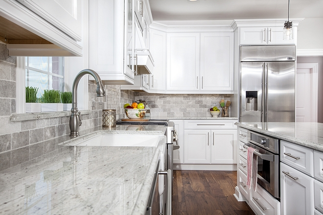 White granite countertop sources on Home Bunch Durable granite countertop White and grey granite countertop White granite countertop #Whitegranite #countertop