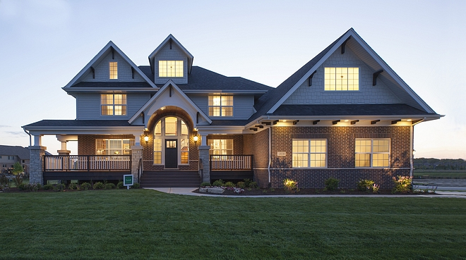 Traditional Family Home with Classic Floor Plan Traditional Family Home with Classic Floor Plan Ideas Traditional Family Home with Classic Floor Plan Traditional Family Home with Classic Floor Plan #TraditionalFamilyHome #ClassicFloorPlan