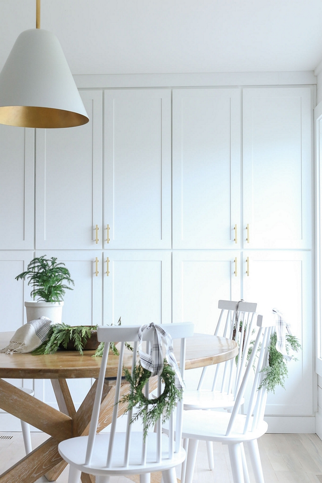 Super White by Benjamin Moore White Paint color is Super White by Benjamin Moore White paint color by Benjmain Moore Super White by Benjamin Moore #SuperWhiteBenjaminMoore #BenjaminMoore #whitepaincolor