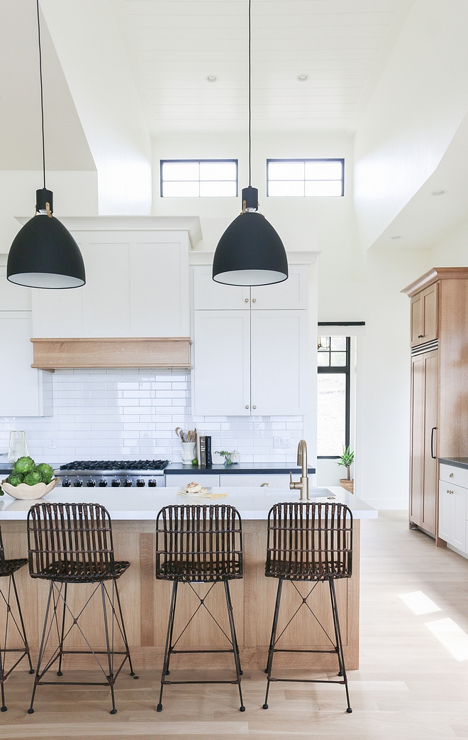 Benjamin Moore Simply White kitchen with White Oak White kitchen painted in Benjamin Moore Simply White kitchen with White Oak island, hood mantel and pantry cabinet #BenjaminMooreSimplyWhite #kitchen #WhiteOak