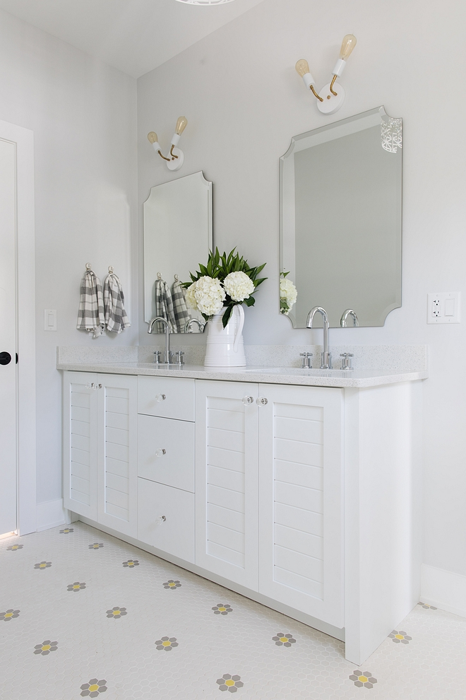 Sherwin Williams Extra White 7006 Vanity is painted in Sherwin Williams Extra White 7006 #SherwinWilliamsExtraWhite7006