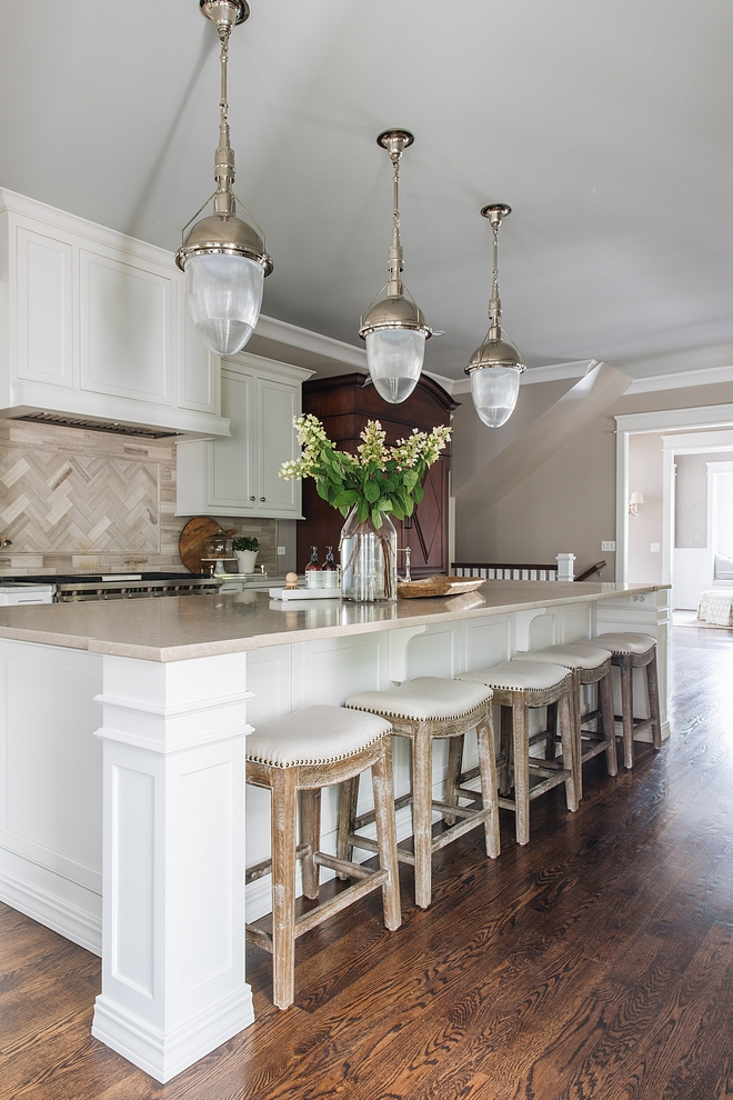 Benjamin Moore White Dove Kitchen Best white paint color used on kitchen cabinetry and often recommended by the best interior designers Benjamin Moore White Dove Kitchen Benjamin Moore White Dove Kitchen Benjamin Moore White Dove Kitchen #BenjaminMooreWhiteDoveKitchen #BenjaminMooreWhiteDove #Kitchen