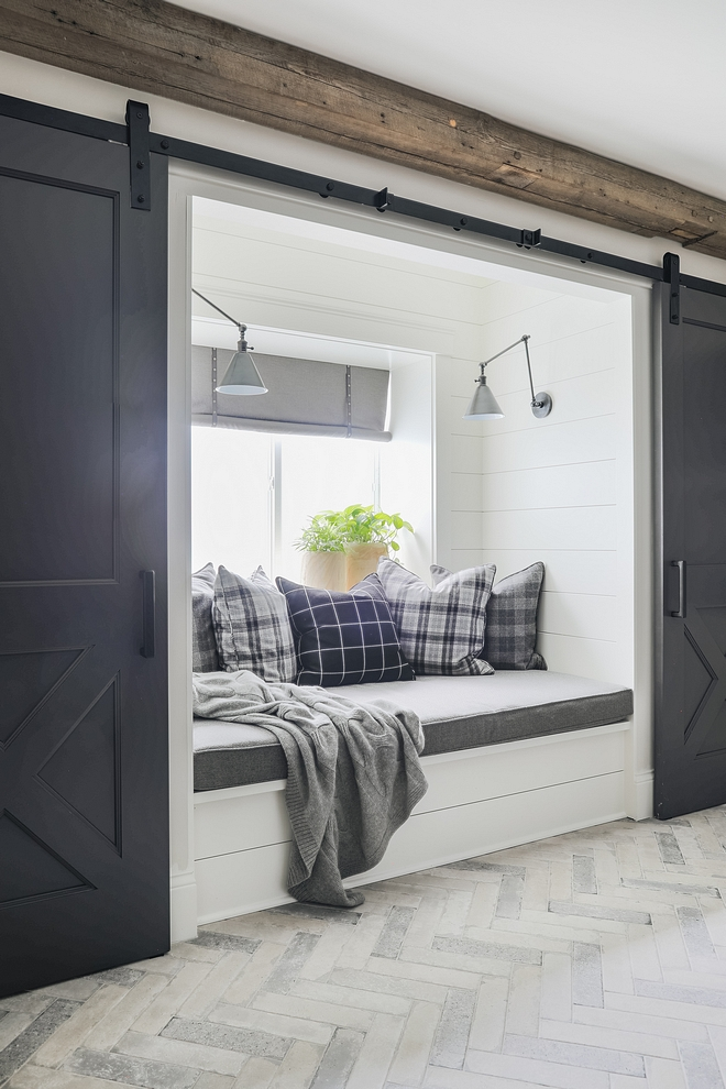 Benjamin Moore Iron Mountain Benjamin Moore Iron Mountain Benjamin Moore Iron Mountain Barn Doors Benjamin Moore Iron Mountain #BenjaminMooreIronMountain #barndoor #paintcolor