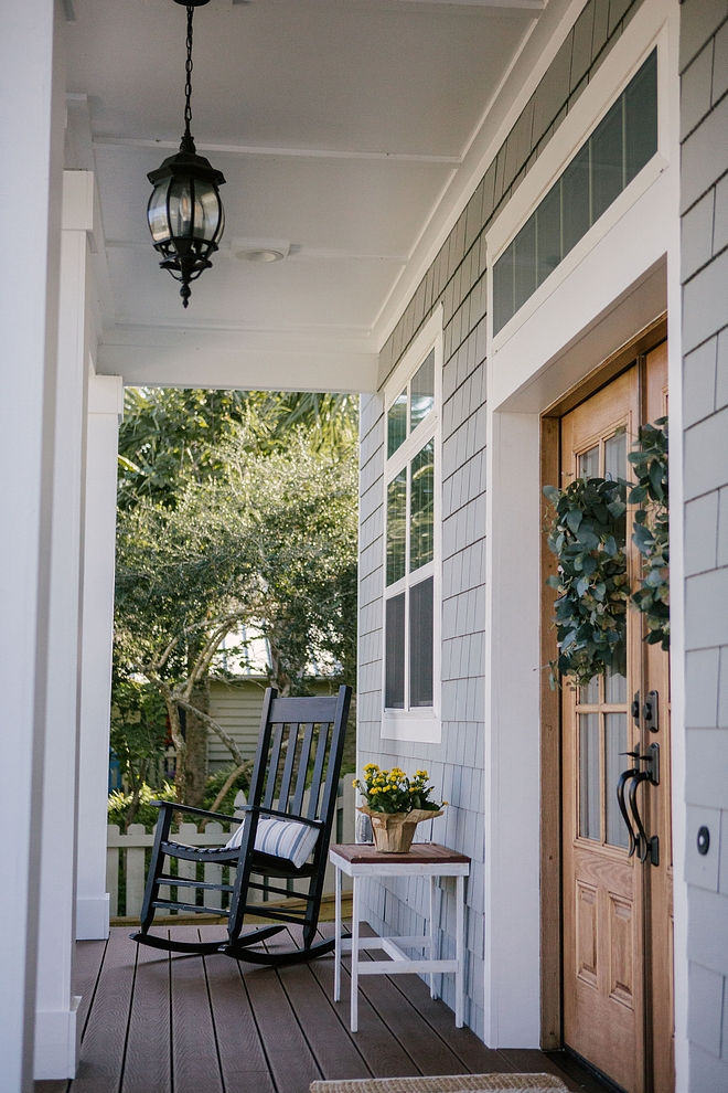 Front Porch Decor Narrow Front Porch Decor Ideas How to decorate a narrow porch Front Porch Decor ideas Small Front Porch Decor Narrow Front Porch Decor #FrontPorch #FrontPorchDecor #NarrowFrontPorch