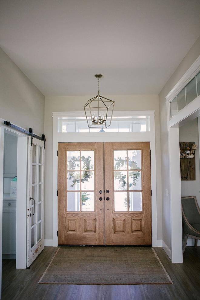 Foyer features lantern pendant light, double doors and vintage rug Foyer lantern pendant light, double doors and vintage rug ideas Foyer design Foyer decor #foyer #lanternpendantlight #doubledoors #vintagerug
