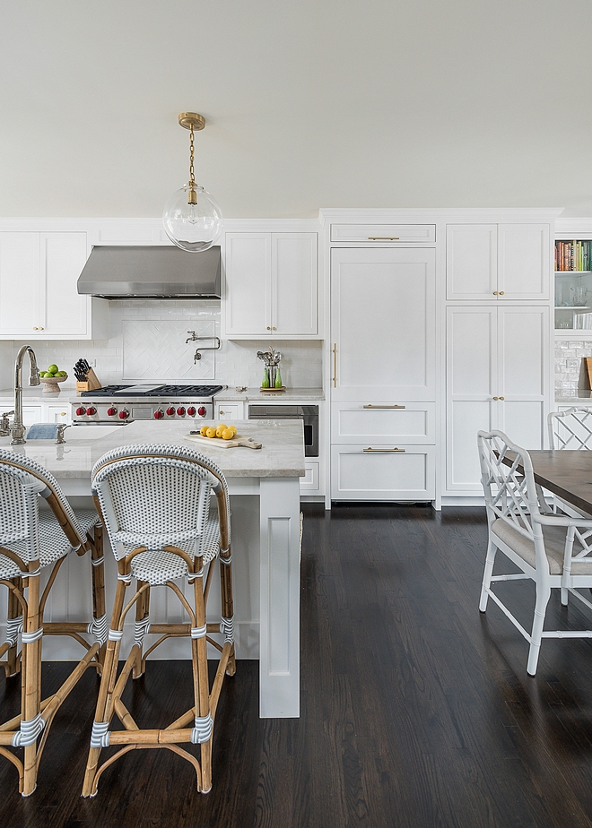 White kitchen with dark hardwood flooring Hardwood Flooring is solid Oak hardwood in dark custom stain White kitchen with dark hardwood flooring Hardwood Flooring Ideas White kitchen with dark hardwood flooring Hardwood Flooring Design #Whitekitchen #darkhardwoodflooring #HardwoodFlooring #solidhardwoodfloor