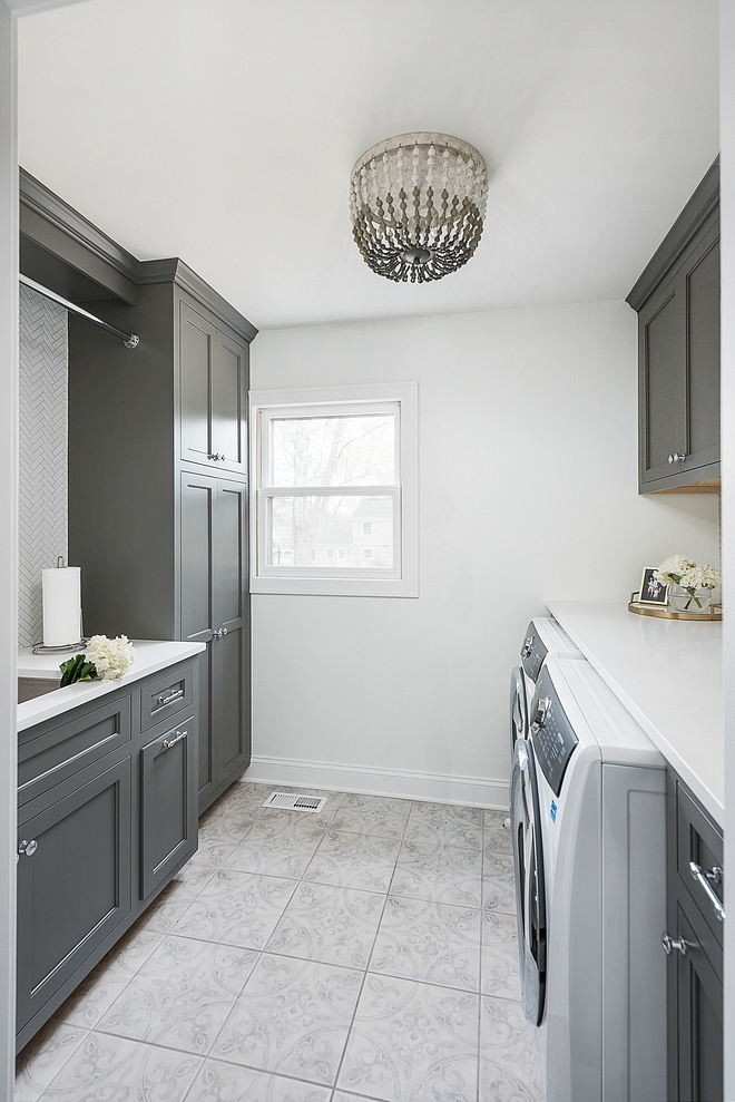 Benjamin Moore Kendall Charcoal Dark grey cabinet paint color Benjamin Moore Kendall Charcoal Benjamin Moore Kendall Charcoal Benjamin Moore Kendall Charcoal Benjamin Moore Kendall Charcoal #BenjaminMooreKendallCharcoal #darkgreycabinet #paintcolor #BenjaminMoore #KendallCharcoal