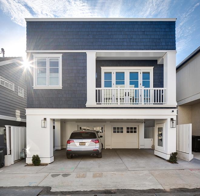 Rear Garage Rear Entry Garage Design Rear Entry Garage Ideas Rear Entry Garage Modern home Rear Entry Garage #RearEntryGarage