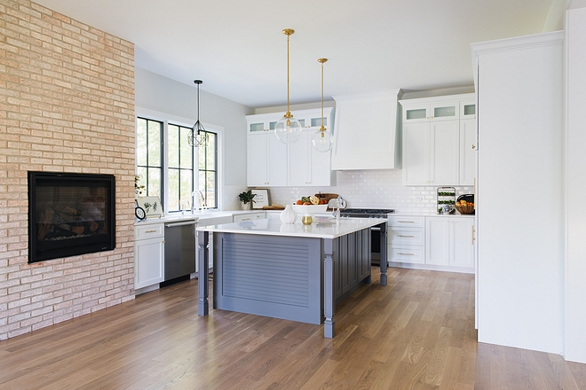 Kitchen with fireplace Brick fireplace in Kitchen Kitchen brick fireplace Kitchen fireplace ideas #kitchefireplace #fireplace #kitchen #brickfireplace